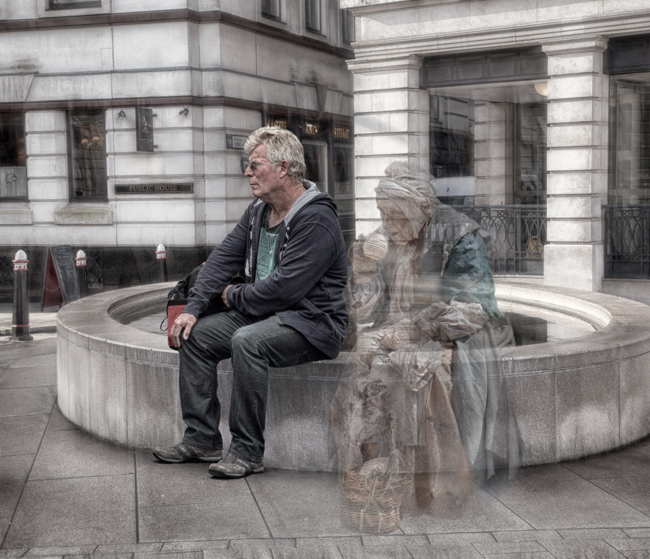 Old Bailey Old Woman  IDN0213374-GRB  2014