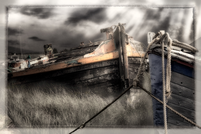 Abandoned Boats  Battlesbridge  IDN0183965-GRB