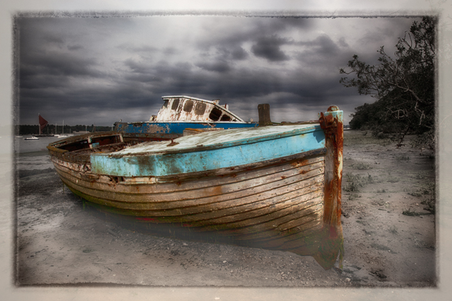 Abandoned Boats  Pin Mill  IDN0202700-GRB  2013